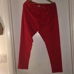 NWT Sz 2X red leggings